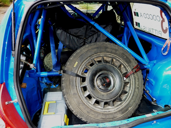 AVT25 FX ON RALLY CAR